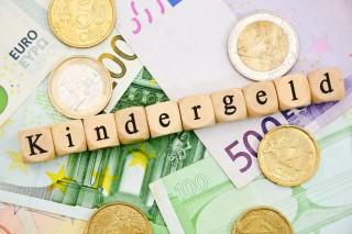 Kindergeld-Anspruch-1024x682